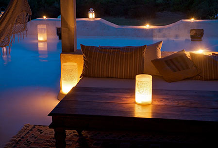 Casadisale Yoga Resort evening in candle light